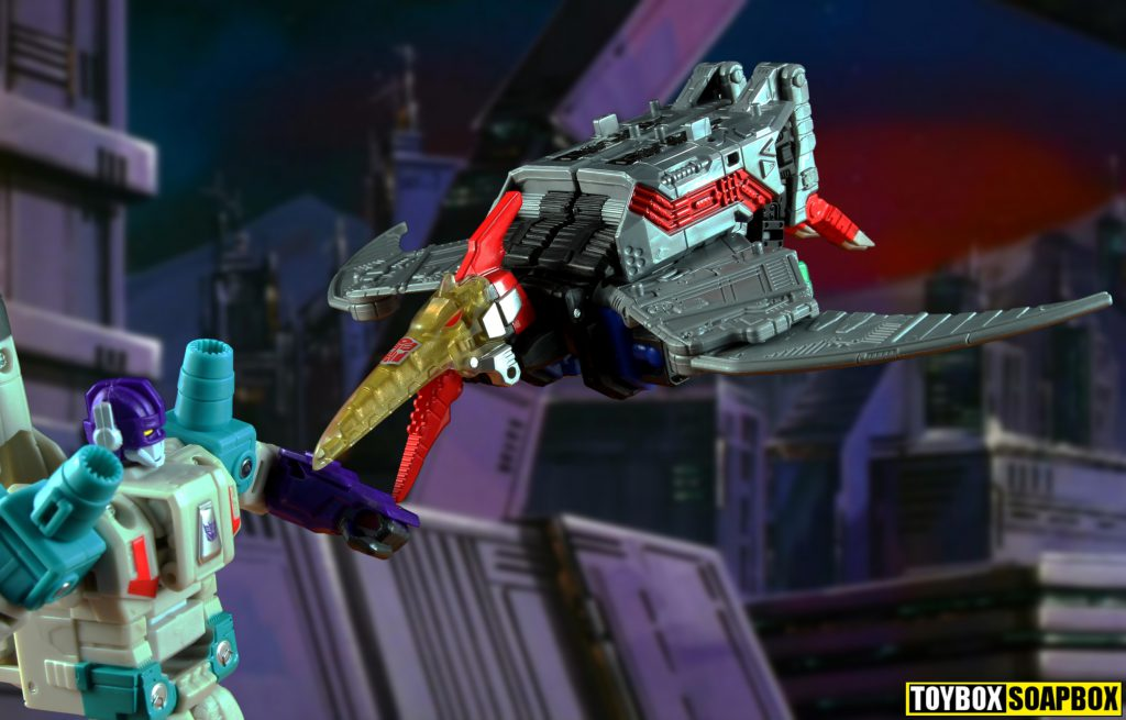 power of the primes swoop vs dreadwind transformers