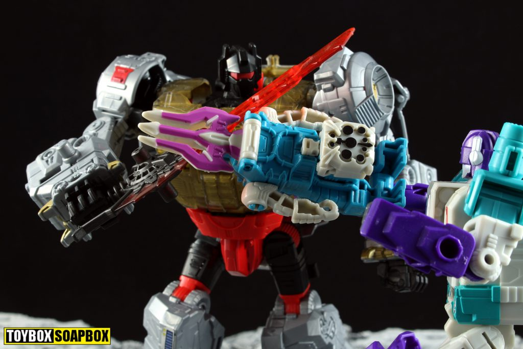 transformers power of the primes grimlock vs dreadwind