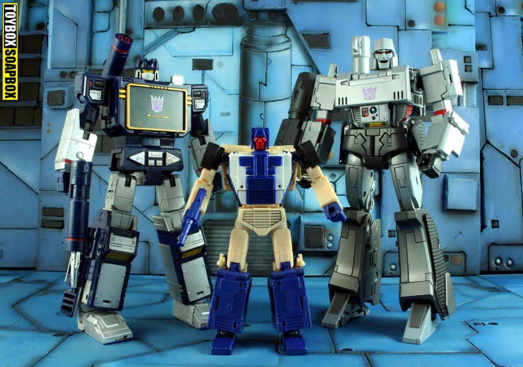 xtransbots crackup with masterpiece megatron and soundwave