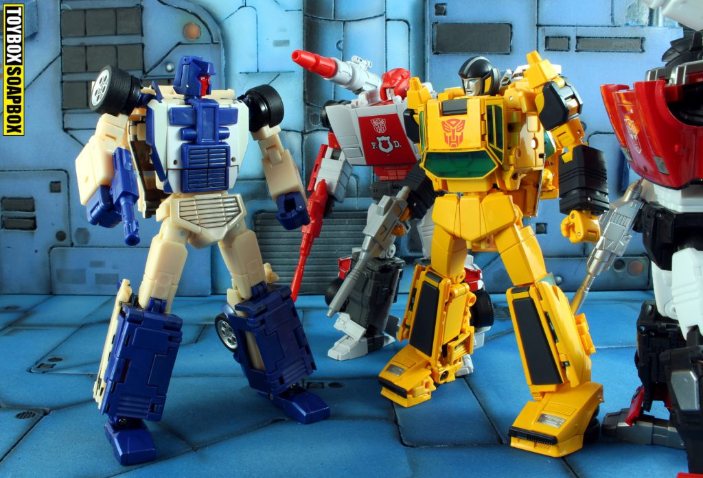 transformers masterpiece sunstreaker vs xtransbots crackup lambo bros