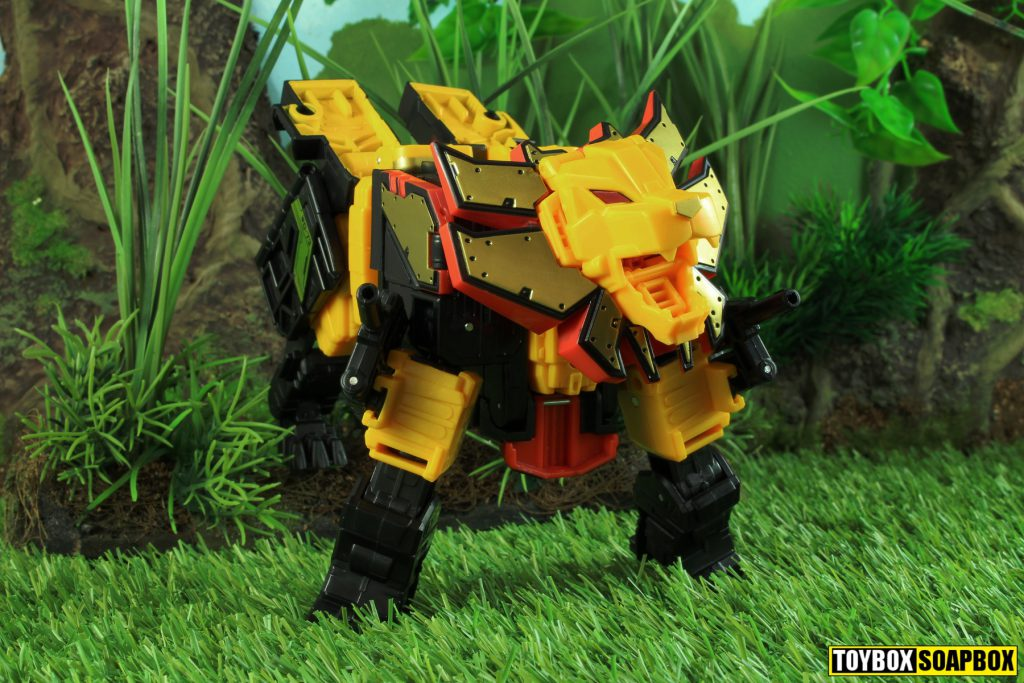 transformers power of the primes razorclaw lion mode