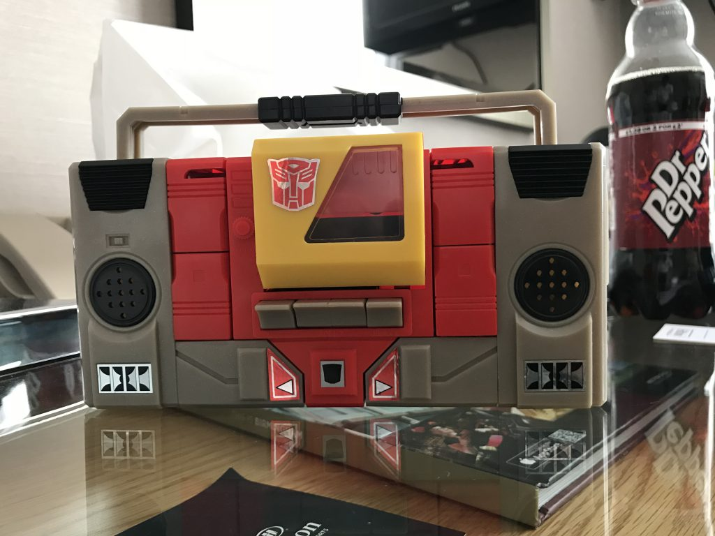 transformers g1 blaster tape deck mode
