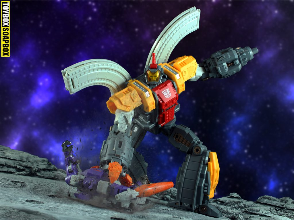 Mechfanstoys toys huge dragon omega supreme review