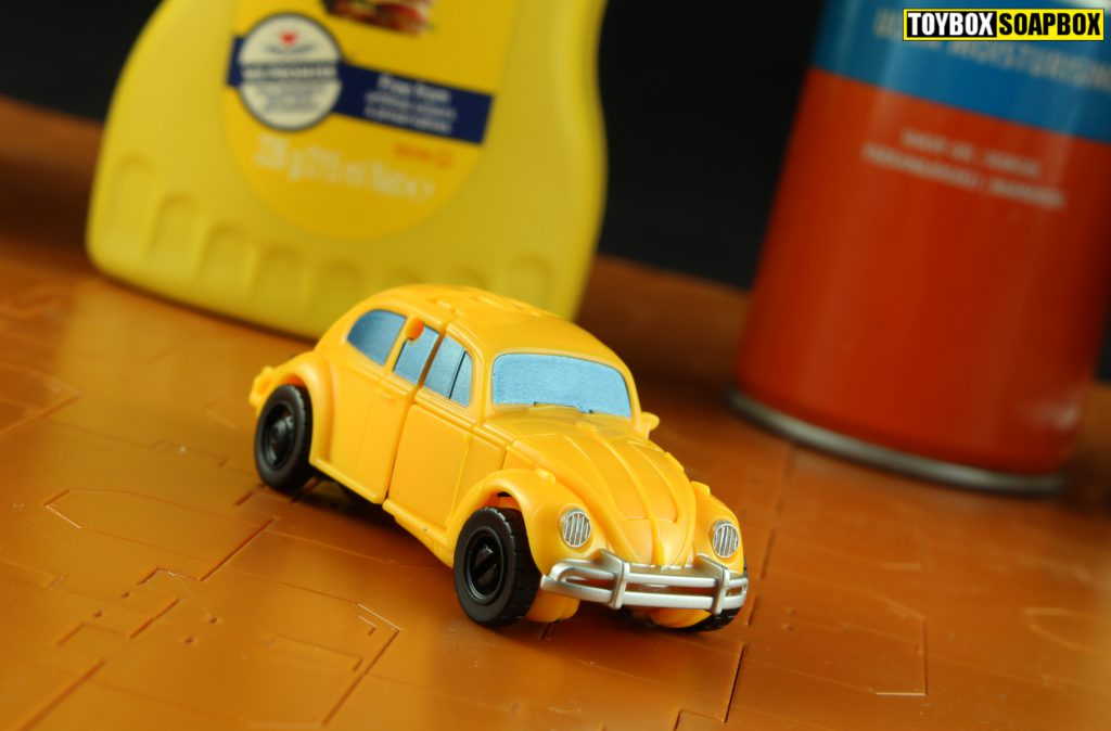 transformers-bumblebee-movie-toy-vw-beetle-g1-mode