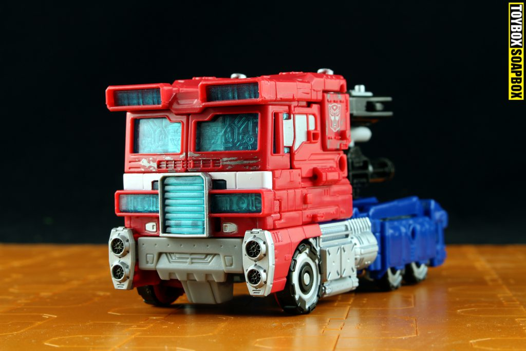 transformers siege optimus prime truck mode