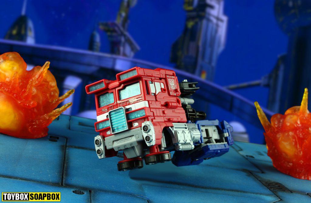 siege optimus prime hover truck mode