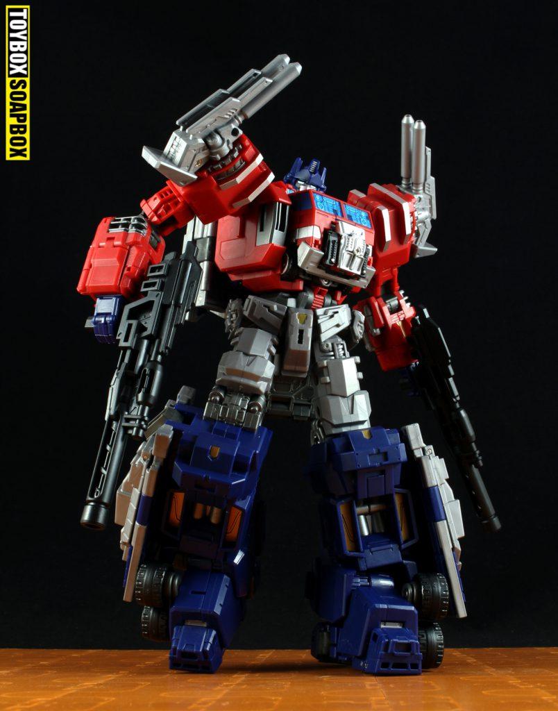 maketoys thunder manus powermaster optimus prime